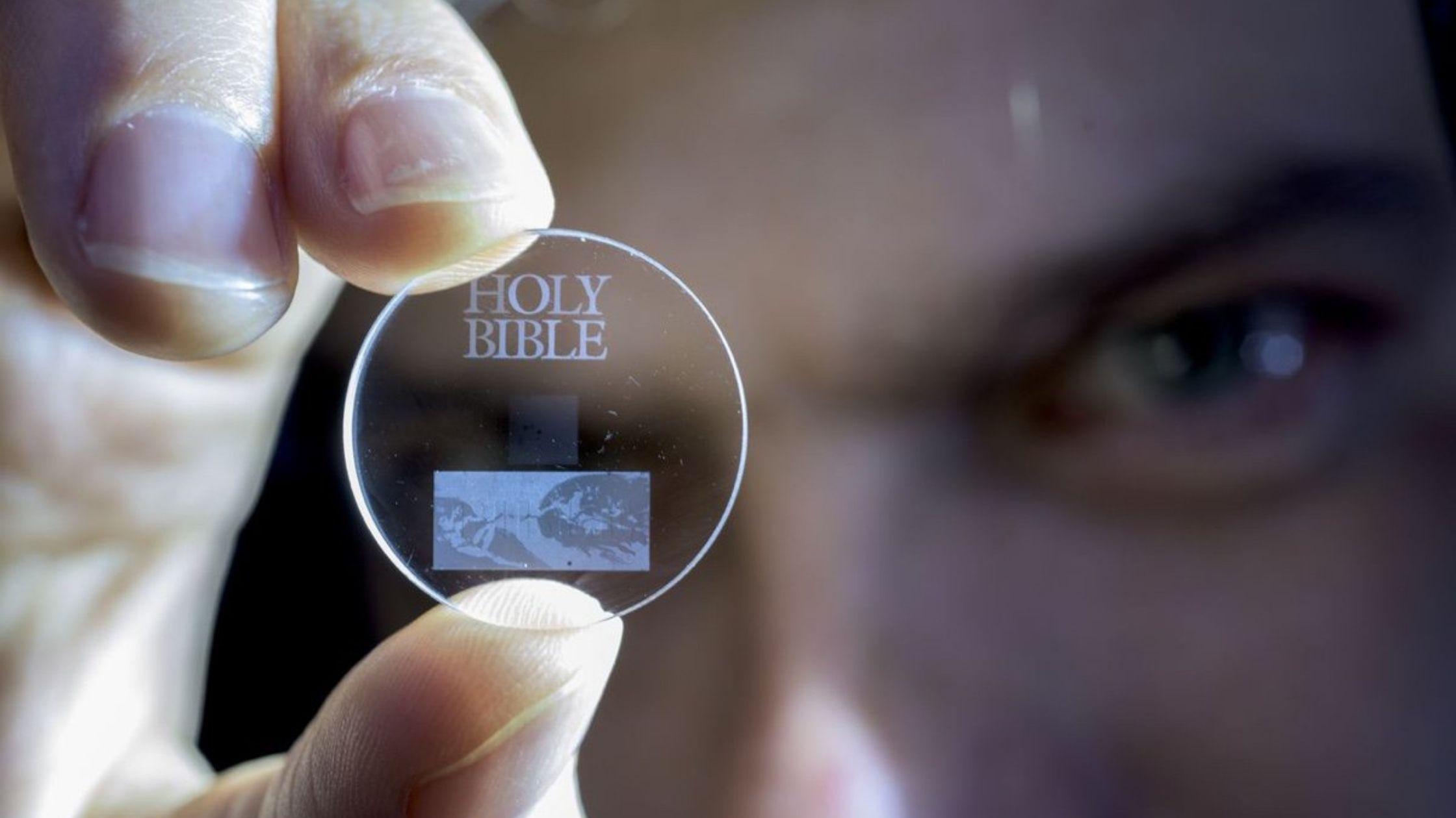 Memoria eterna: 360 Tb di dati memorizzati in 5D