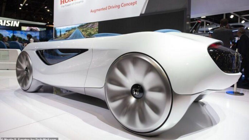 Auto a guida autonoma: Honda annuncia la produzione in serie