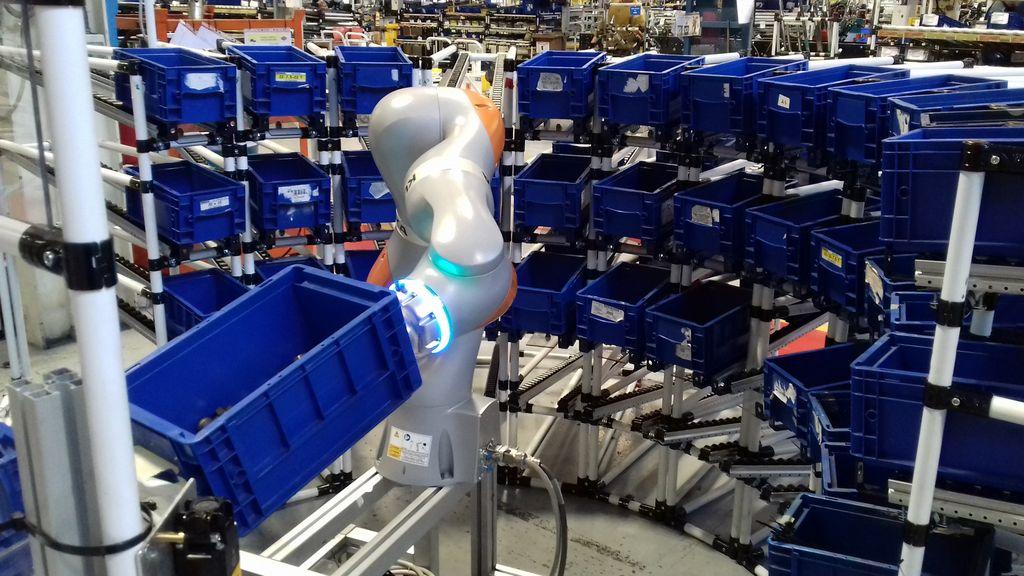 AURA: il cobot di Comau futuro dell'automazione industriale